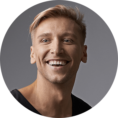 portrait-happy-young-man-with-shiny-smile-PHCFAR5-min.png