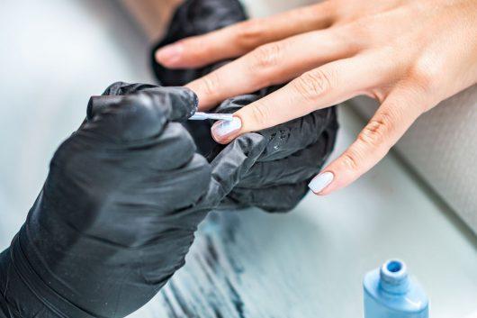 manicuring-nails-P22ZCM6.jpg